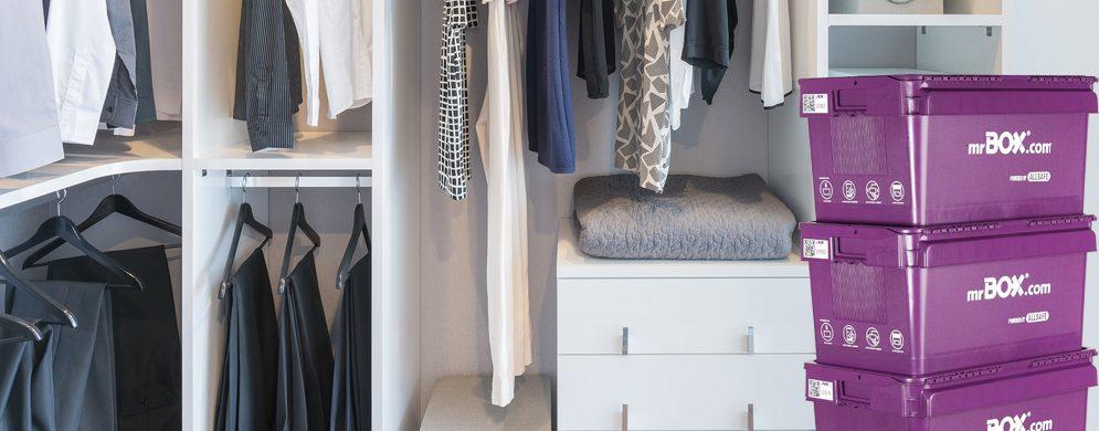 Je kledingkast opruimen: tips en ideeën voor een opgeruimde en strakke kledingkast